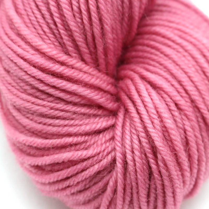 Pflanzengefärbter Schurwollzwirn Rosa