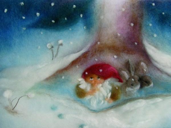 Postkarte kleiner Zwerg mit Häschen im Winter
