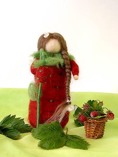 Bastelpackung Kleines Erdbeerkind aus Märchenwolle T&W
