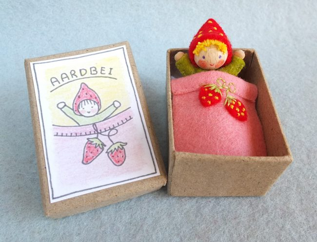 Bastelpackung Erdbeerschachtel Atelier Pippilotta