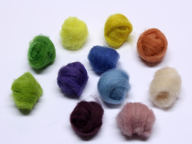 Märchenwolle bunt/farbig - pflanzengefärbt